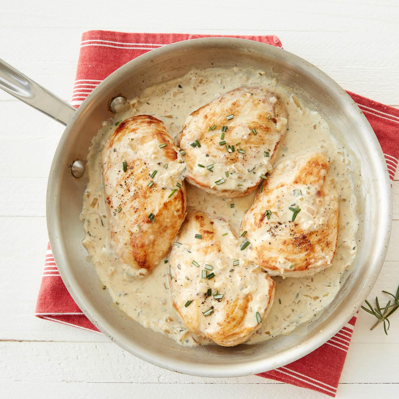 Skillet Rosemary Dijon Chicken in Creamy Yoghurt Sauce ...